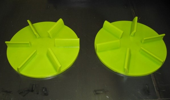 "18"" Urethane Spreaders"